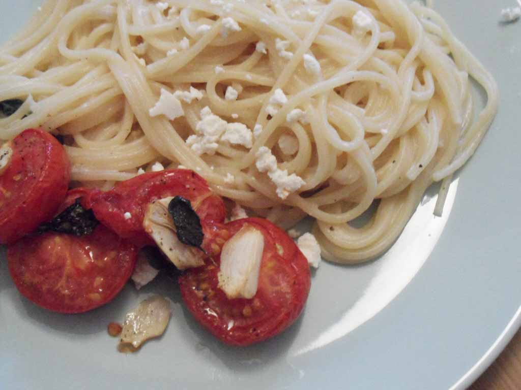 Roasted Tomatoes and Lemon Pasta